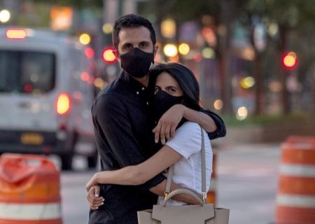 5 Social Distancing Dating Tips!