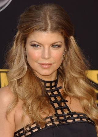 http://www.younghollywood.com/images/fergie.jpg