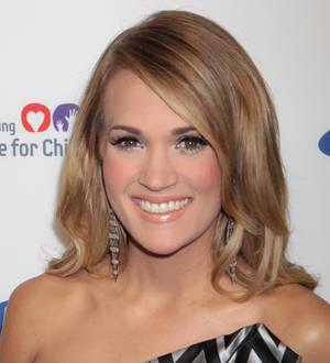 Hillary Fisher Fan Club Carrie Underwood weeps...