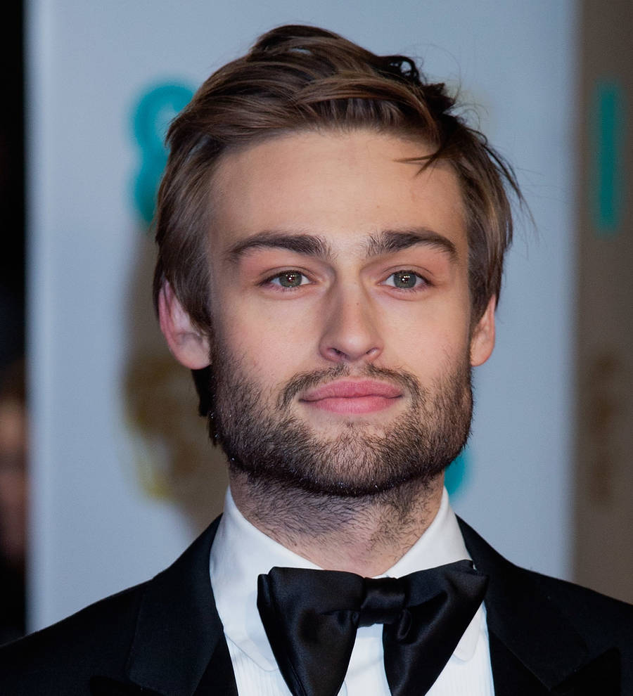 Douglas Booth and Bel ...