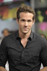 Ryan Reynolds Love Scene on Ryan Reynolds   Young Hollywood