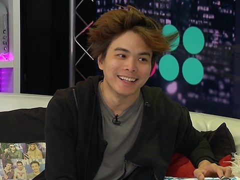Magician Shin Lim Teaches Us a Sleight of Hand Card Trick