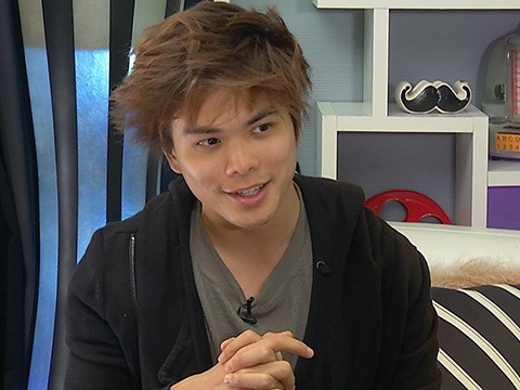AGT Champion Shin Lim's Mind-Blowing Up Close Card Tricks
