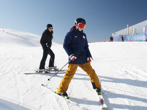 Beginner Skiing Tips with an Olympian