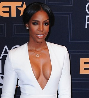 "Kelly Rowland Hits A High Note With ""Chasing Destiny""!"