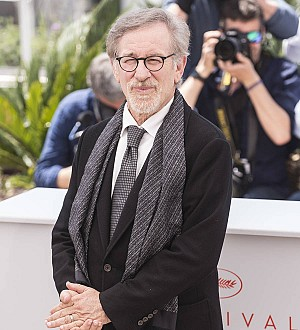 Steven Spielberg & Christopher Nolan lead early Oscars odds