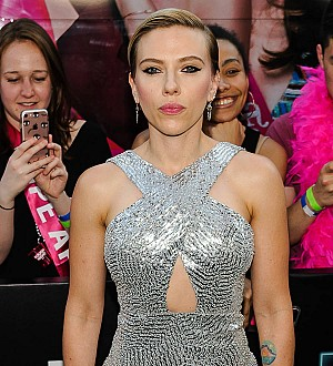 Scarlett Johansson enjoys 'chill' dinner date with comedian - report