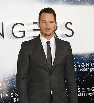 Chris Pratt visits U.S. military base for Passengers screening