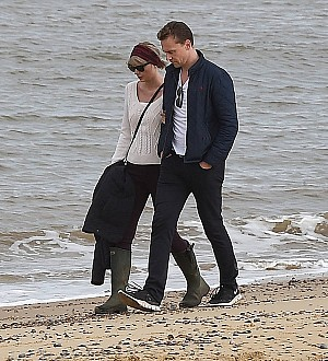 Taylor Swift and Tom Hiddleston split - report