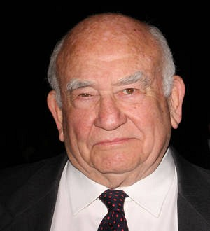 Ed Asner files for divorce