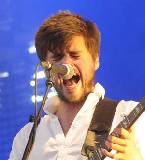 Winston Marshall taking comedy lessons
