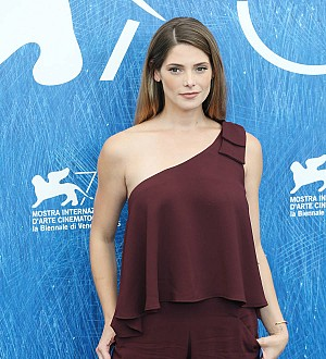 Actress Ashley Greene not impressed by ex's big sex reveal