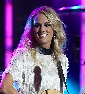 Carrie Underwood to honor military families on tour