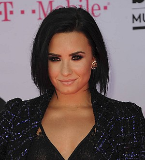 Demi Lovato gave away cat she was allergic to