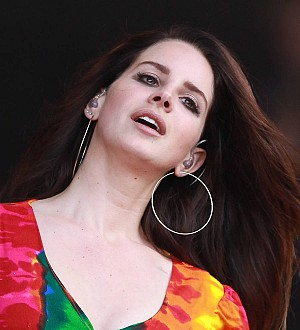 Lana Del Rey album replaced in pressing mix-up