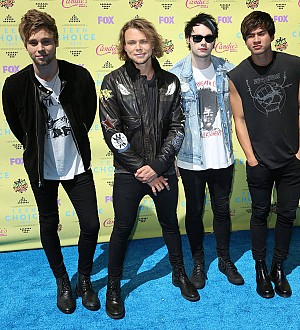 5 Seconds Of Summer stars defend Justin Bieber over photo rant