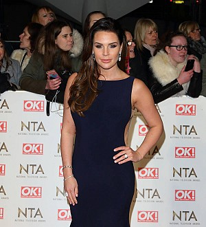 Danielle Lloyd attacked for copying Beyonce's pregnancy announcement