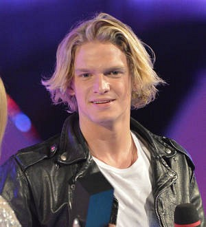Cody Simpson shares plane ride with ex-girlfriend Gigi Hadid