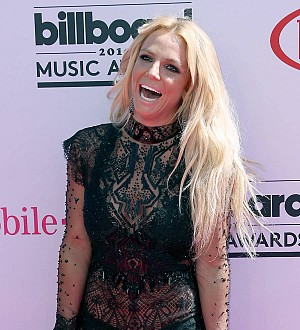 Britney Spears comeback single 'delayed due to vocal issues' - report