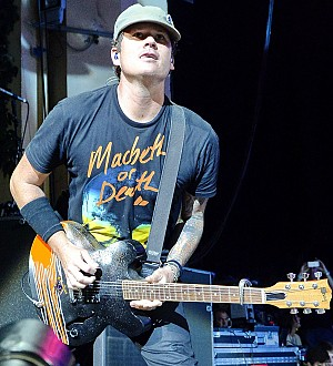 Blink-182's Tom DeLonge Receives Award -- For His UFO Research!