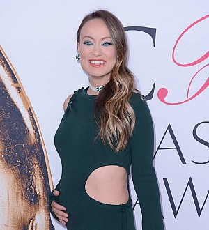 Pregnant Olivia Wilde blasts subway riders for not offering her a seat