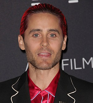 Jared Leto scales hotel wall on Mexico trip