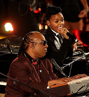 Janelle Monae honors Stevie Wonder with Key of Life Award
