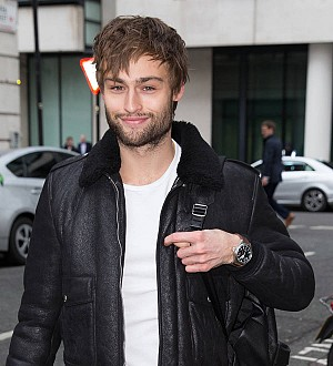 Douglas Booth sparks dating rumors with Prince Harry's ex