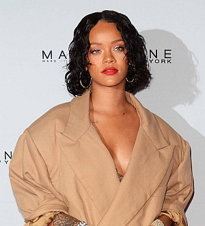 Rihanna gives advice to fan dealing with heartbreak over Twitter