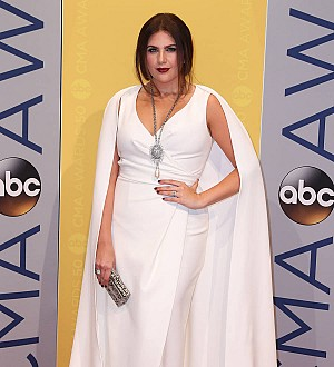 Lady Antebellum star Hillary Scott launching fashion line