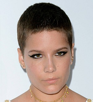 Halsey donates to Planned Parenthood