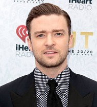 Justin Timberlake serenades Jessica Biel at Big Apple gig