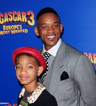 Willow Smith no longer playing Annie