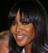 Naomi Campbell tears ligament