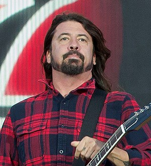 Taylor Swift saved Dave Grohl from humiliating performance