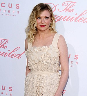 Kirsten Dunst obsessed with wedding planning on Pinterest