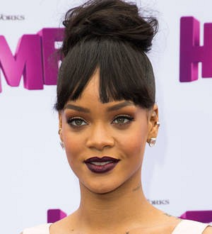 Police investigating Rihanna fan over death threat