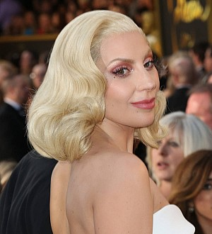 Lady Gaga to shine in A Star Is Born - report