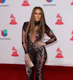 Jennifer Lopez cancels New Year's Eve party