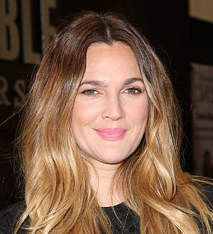 Drew Barrymore honored for philanthropy