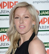 Ellie Goulding left luggage-less in America again