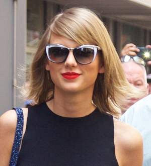 Taylor Swift takes a Coachella break to attend friend's wedding