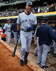 YH EXCLUSIVE: Derek Jeter is NOT Fat!