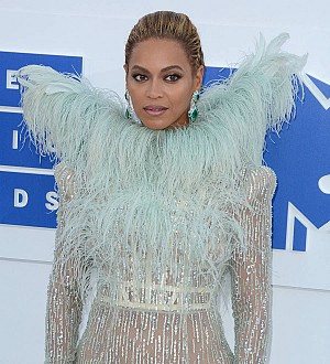 Beyonce stuns at inaugural Wearable Art Gala