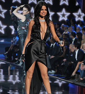 Selena Gomez shuts down lip-syncing accusations