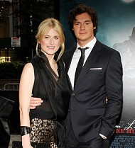 Mamie Gummer and Benjamin Walker split