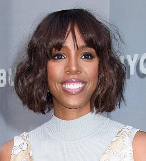 Anti-fur activists target Kelly Rowland's book signing