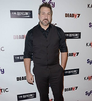 Joey Fatone joins 98 Degrees for one night only
