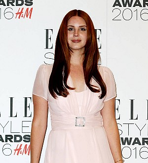 Lana Del Rey Conjuring Up New Album In Secret Hollywood Sign Studio