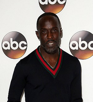 Michael K. Williams Joins Singer on Stage For Impromptu Duet